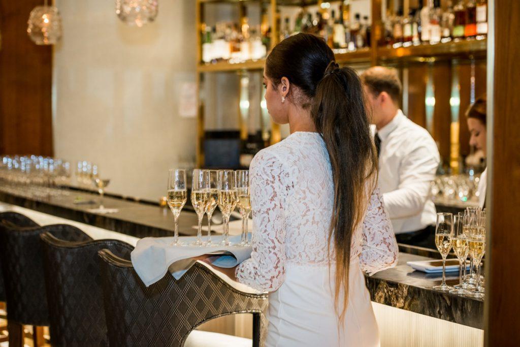 champagne service_1200x800